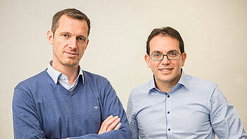 [Translate to Englisch:] Founders Michael Schahpar (CMO) and Harold Artés (CTO)